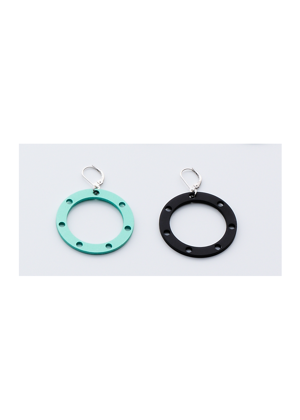 Disk Small Earring Full Circle