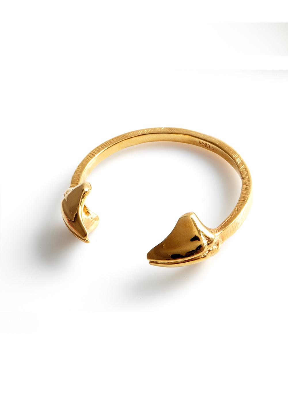 mandibile wrist, gold plated