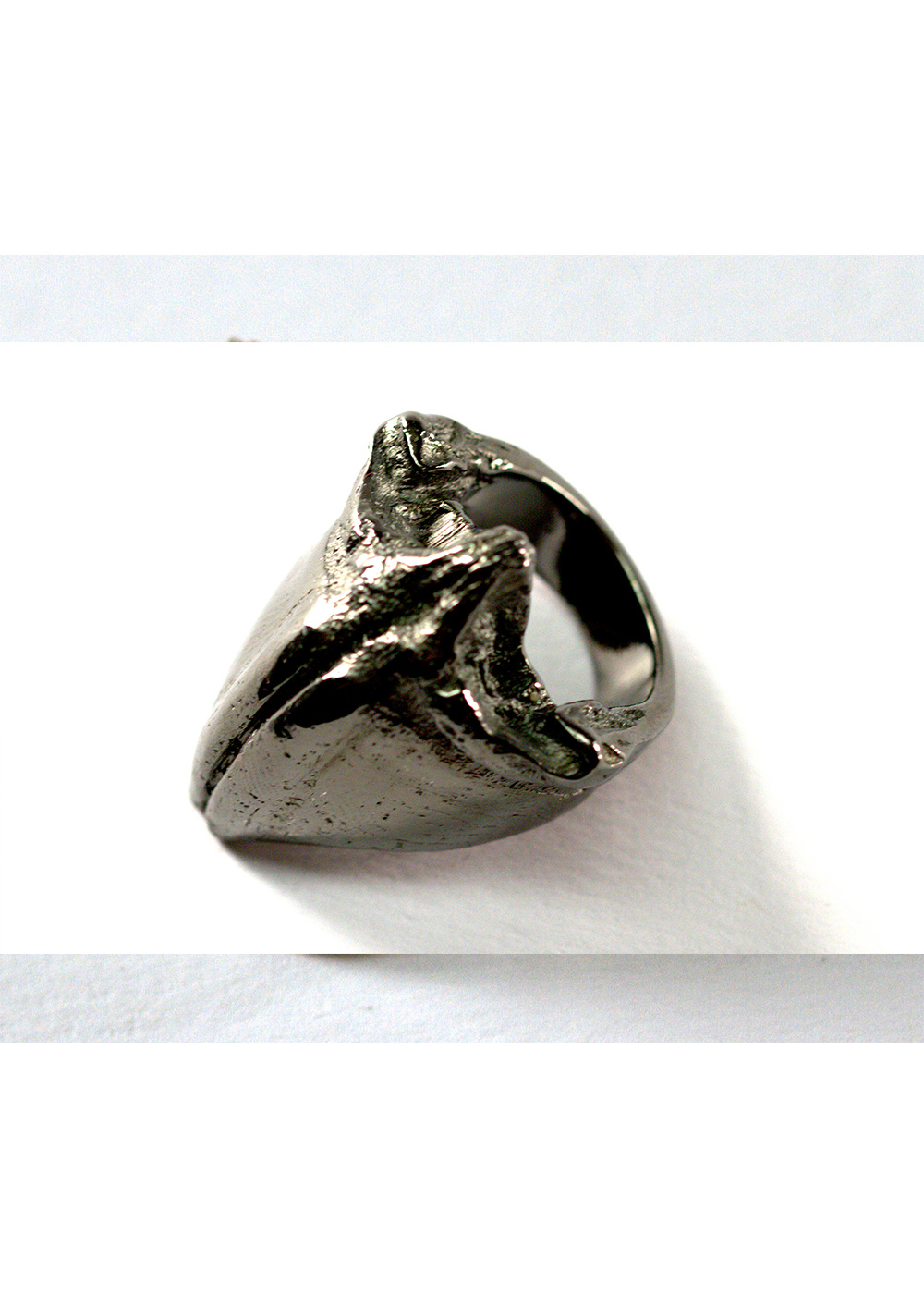 mandible ring, black rhodanized