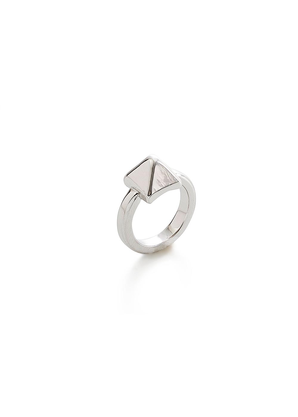 Small Stud Ring No.4