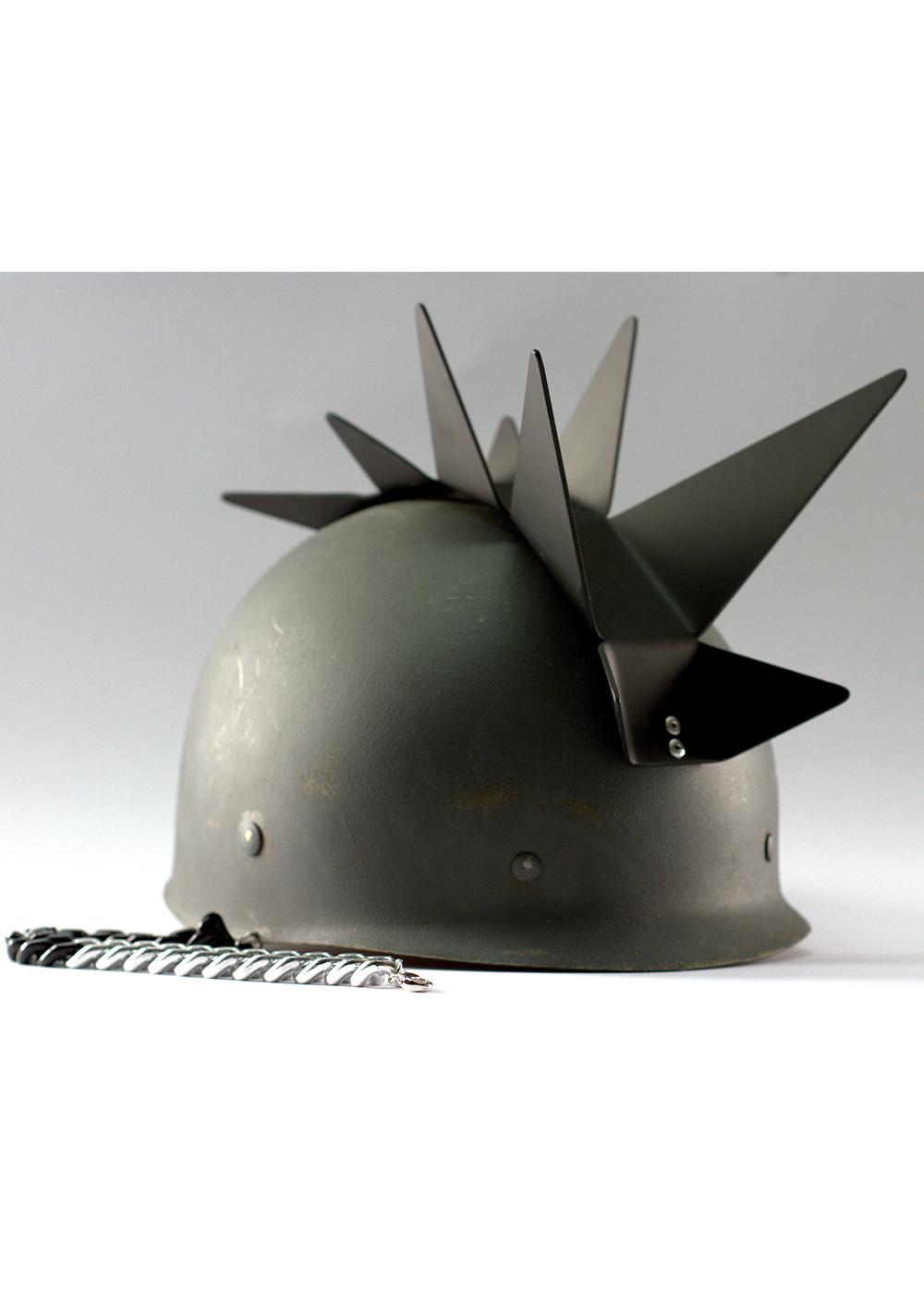 spike-helmet